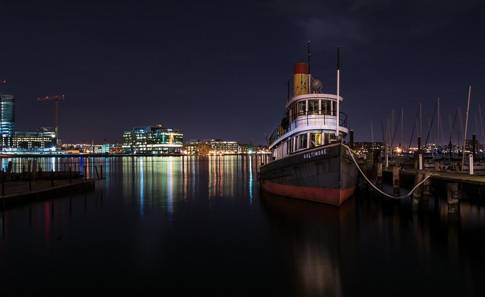 steamboat-1031168_960_720